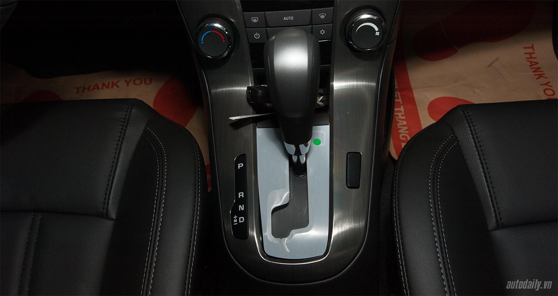 Cận cảnh chi tiết Chevrolet Cruze 2017 tại thị trường Việt Nam-20.jpg