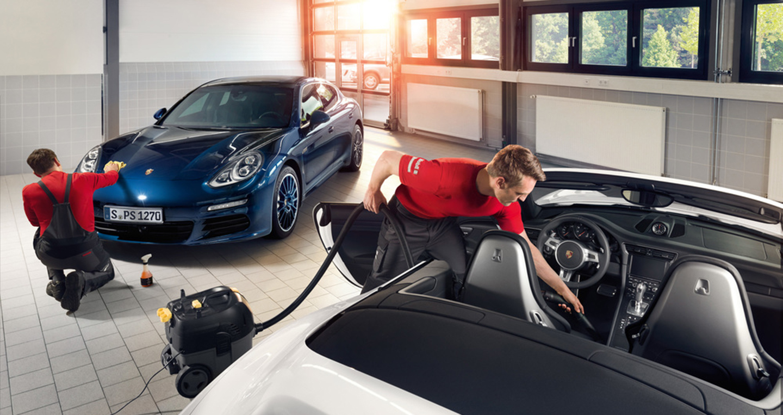 Ưu đãi chăm sóc xe Porsche cho khách hàng Việt