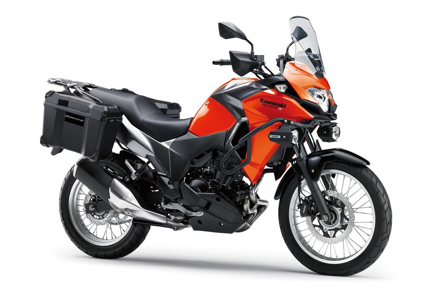 Kawasaki Versys X250 – Môtô đường trường giá 4.670 USD