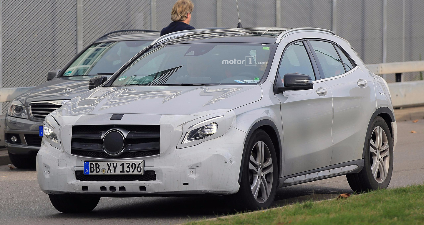 mercedes-benz-gla-class-refresh-spy.jpg