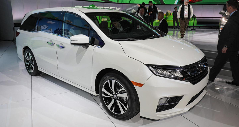 Honda odyssey 2018 minivan y p c ng ngh for Detroit auto show honda odyssey