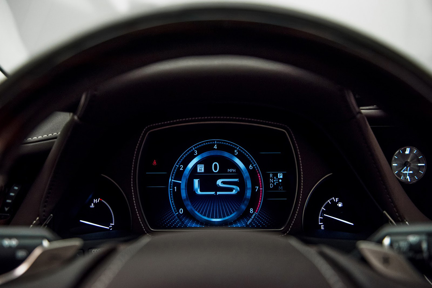 lexus-ls-2018-15.jpg