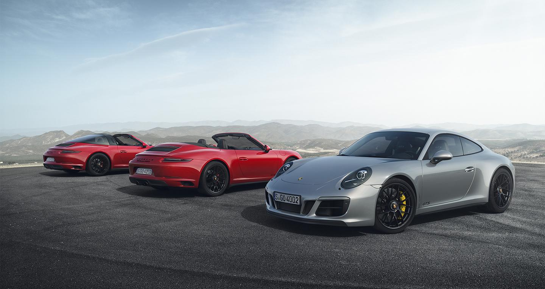 Porsche 911 GTS 2017 có giá từ 8,23 tỷ đồng tại Việt Nam