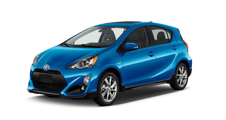 """Toyota nâng cấp """"mạnh"""" cho Prius C 2017"""