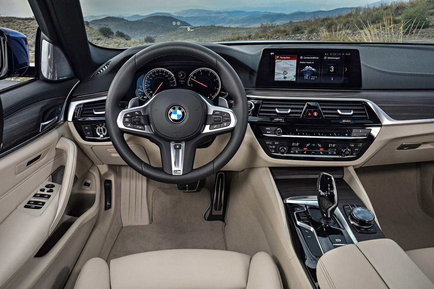 V 233 N M 224 N Bmw 5 Series Touring 2017