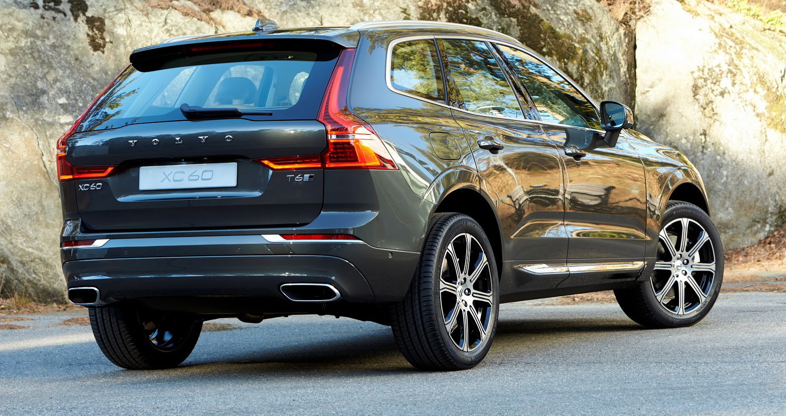volvo-xc60-all-new-geneva-4.jpg