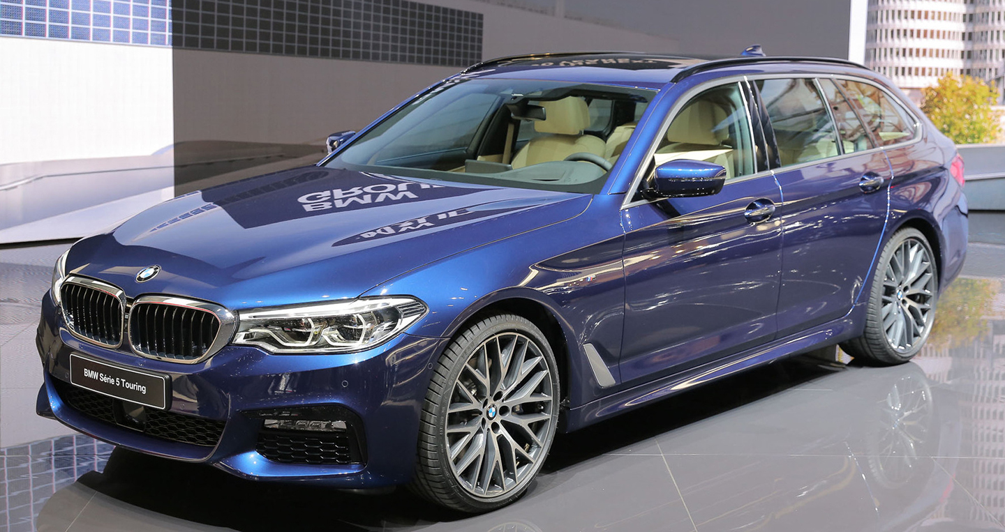 bmw-5-series-touring-2017-15.jpg