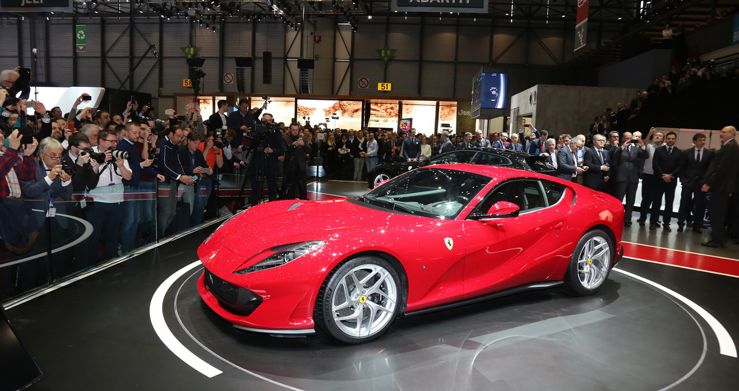 2017-ferrari-812-superfast-9.jpg