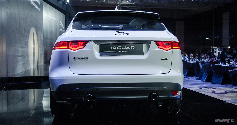 jaguar-f-pace-9.jpg
