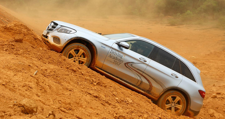 Mercedes-Benz GLC vẫn thống trị phân khúc xe sang tại Việt Nam