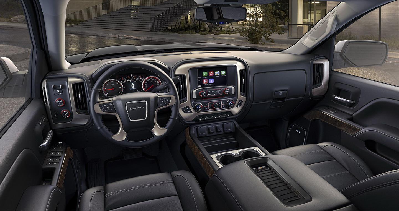 2017-gmc-sierra-interior.jpg
