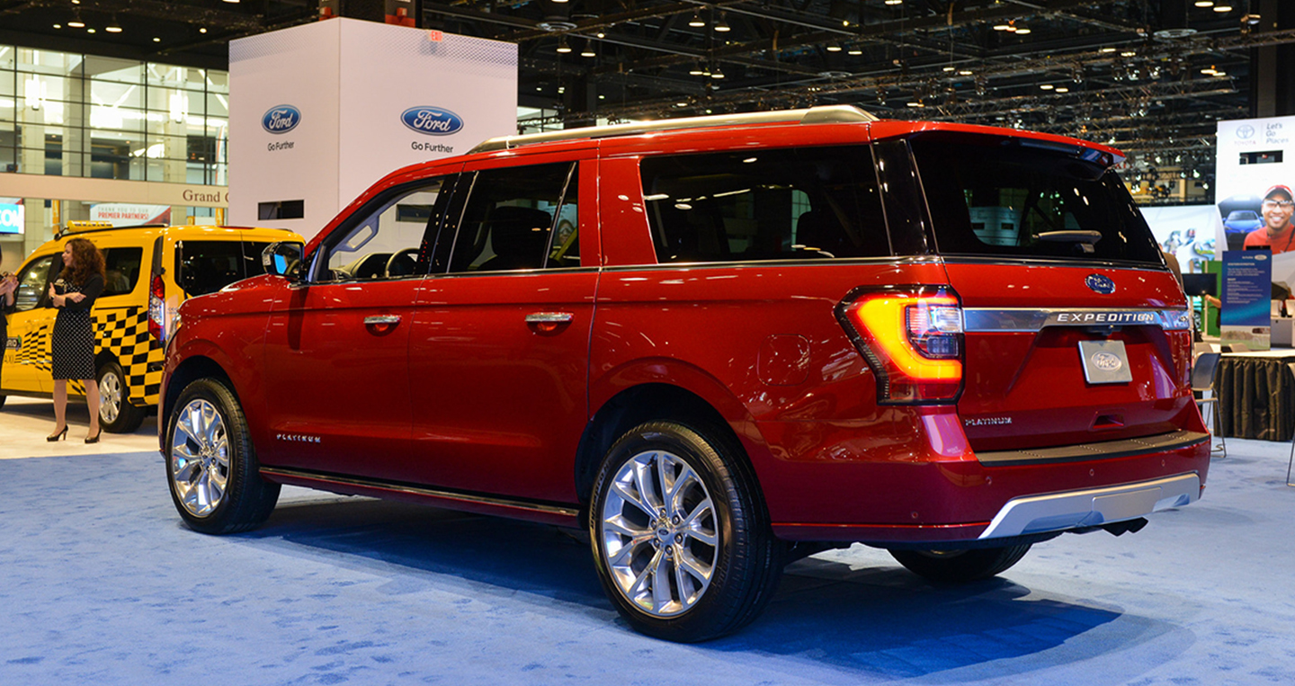 2018-ford-expedition-chicago-2017-3.jpg