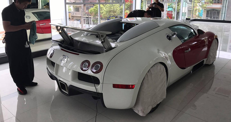 bugatti-2.jpg