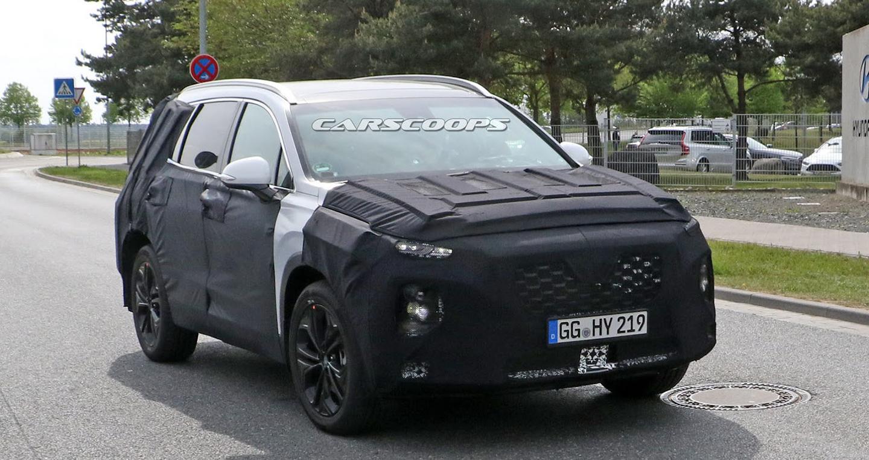 Hyundai Santa Fe thế hệ mới lộ diện trên đường thử