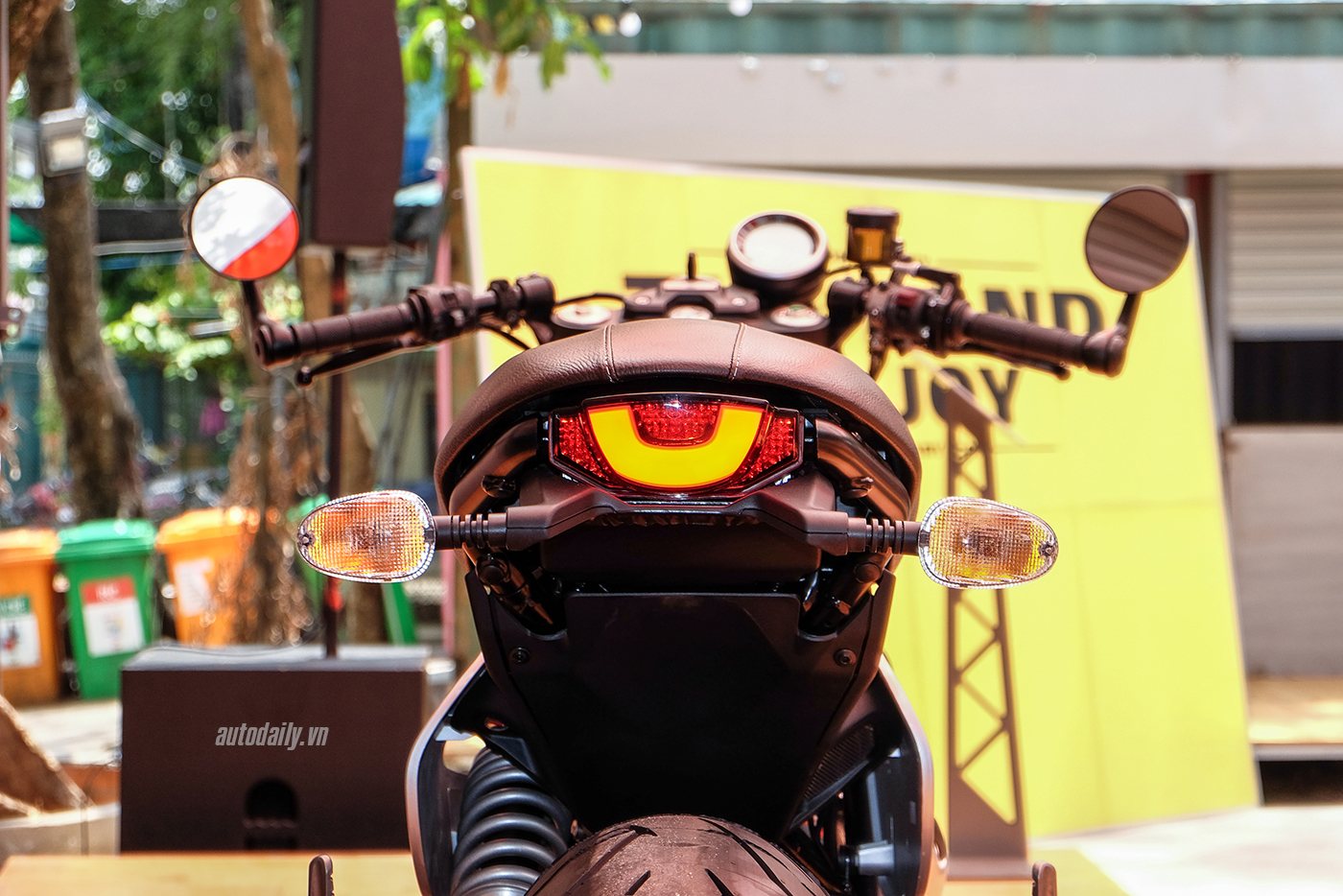 ducati-scrambler-cafe-racer-20.jpg