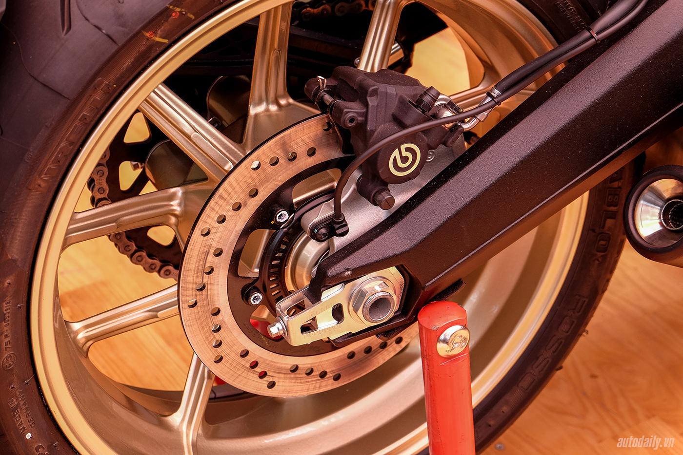 ducati-scrambler-cafe-racer-36.jpg