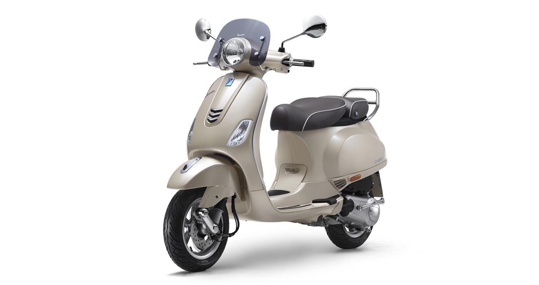 vespa-elegante-150-special-edition.jpg