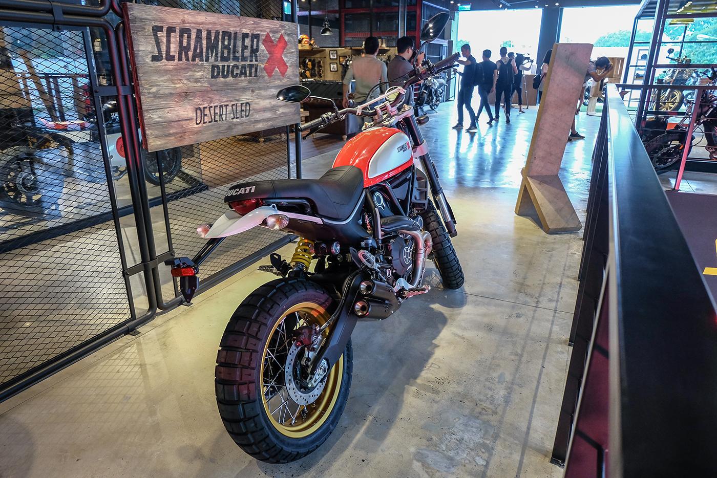 ducati-scrambler-desert-sled-12.jpg