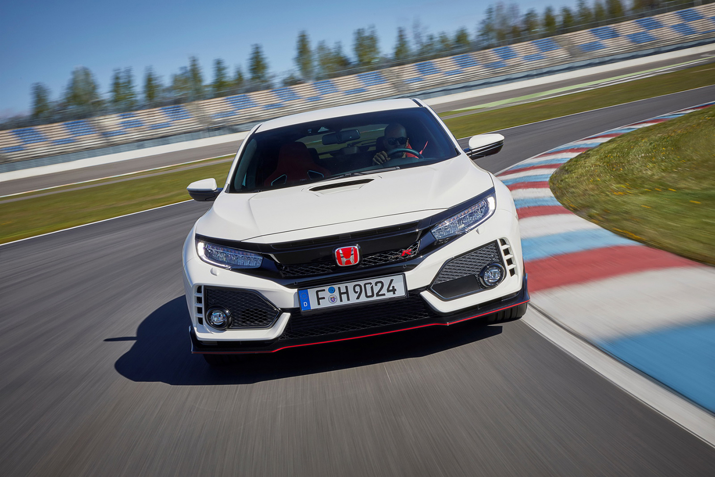 honda-civic-type-r-2018-10.jpg