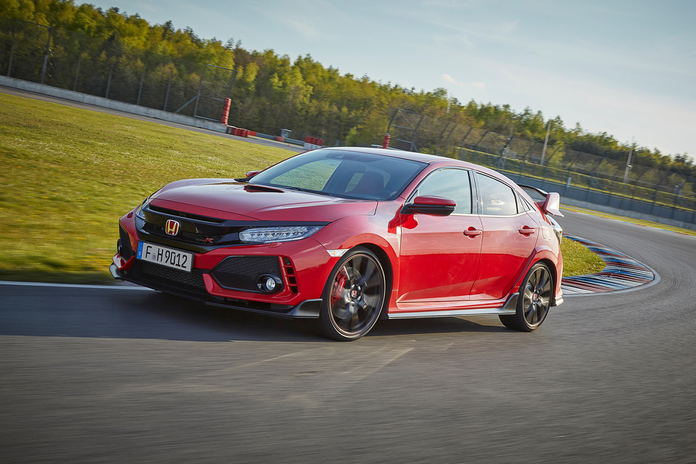 honda-civic-type-r-2018-7.jpg