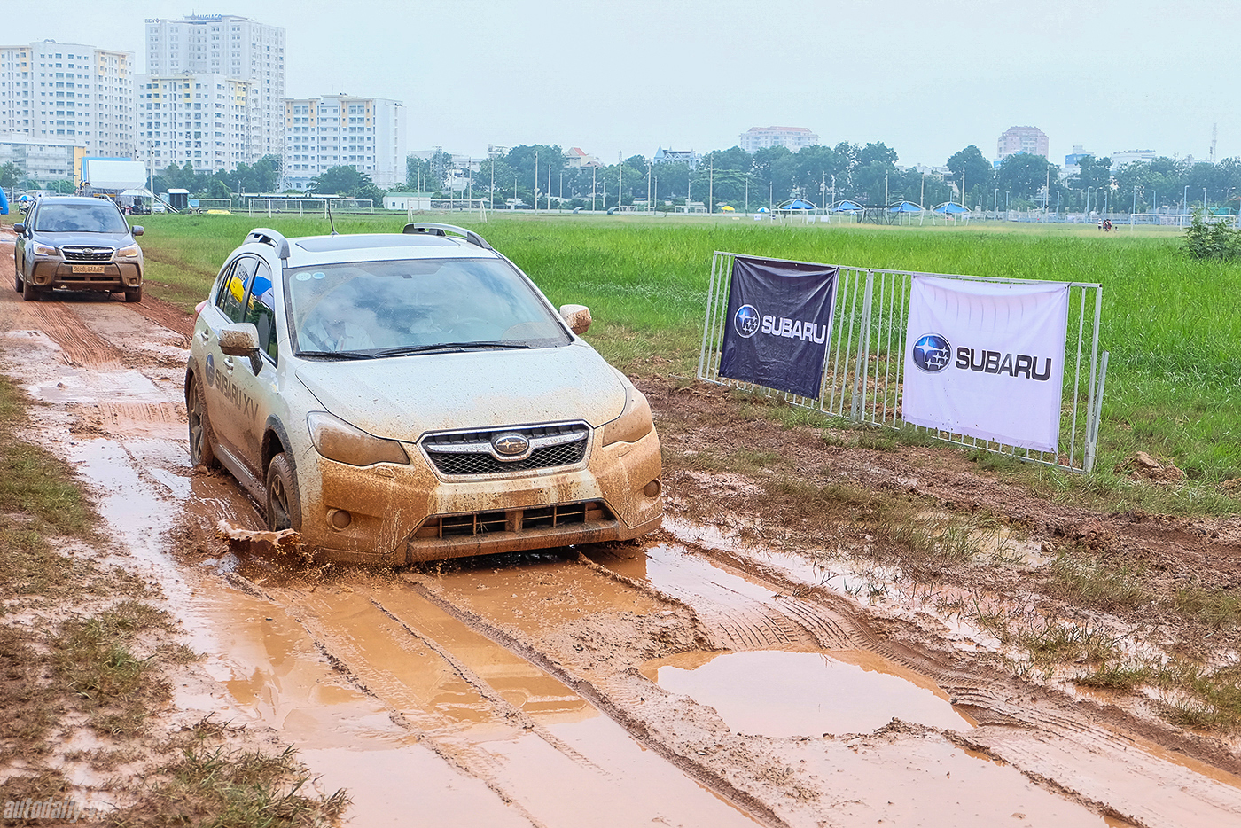 subaru-off-road-16.jpg