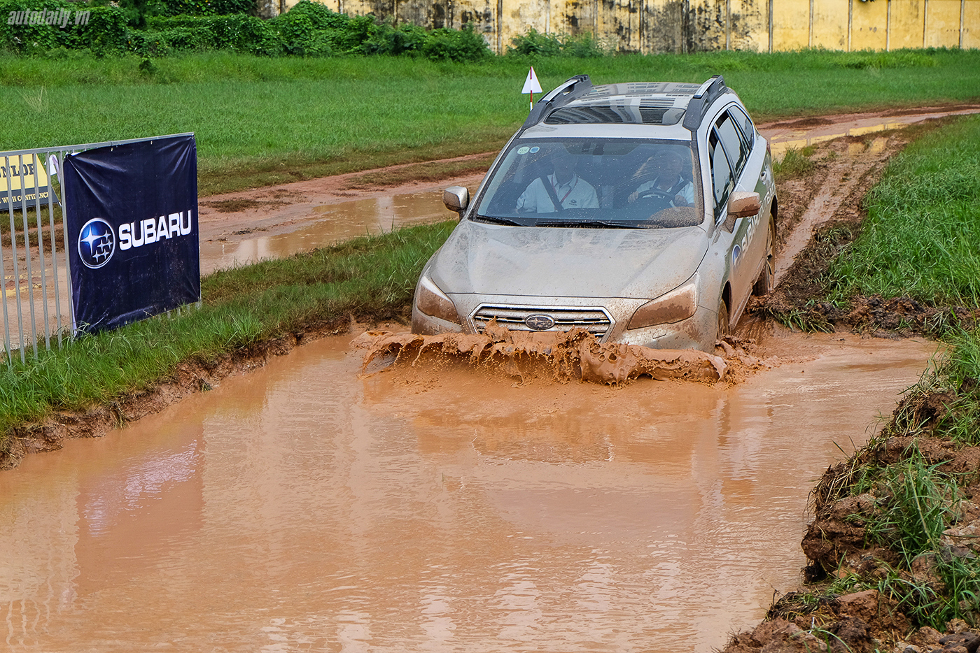 subaru-off-road-19.jpg