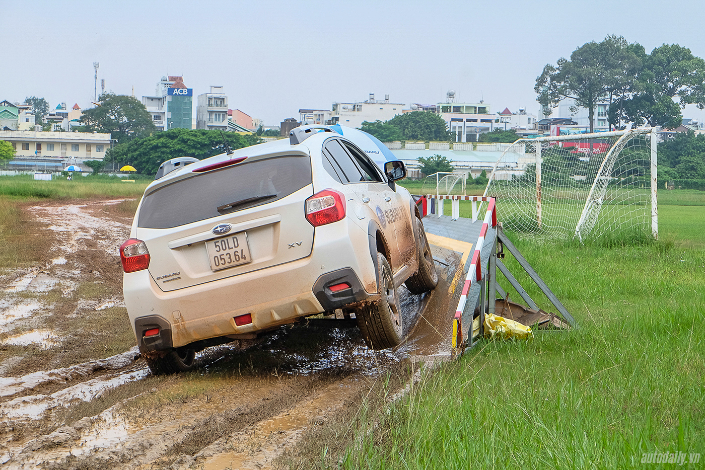 subaru-off-road-2.jpg