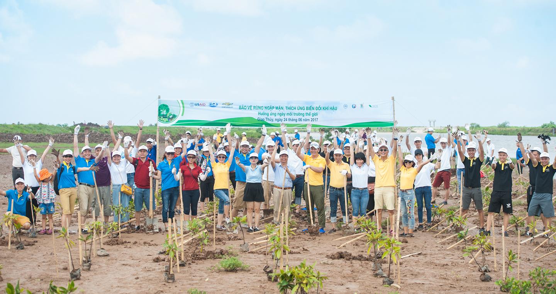 Cùng GM Việt Nam bảo vệ rừng ngập mặn, thích ứng biến đổi khí hậu