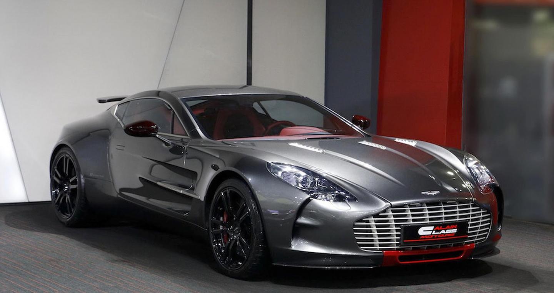 Aston Martin One 77 Dubai