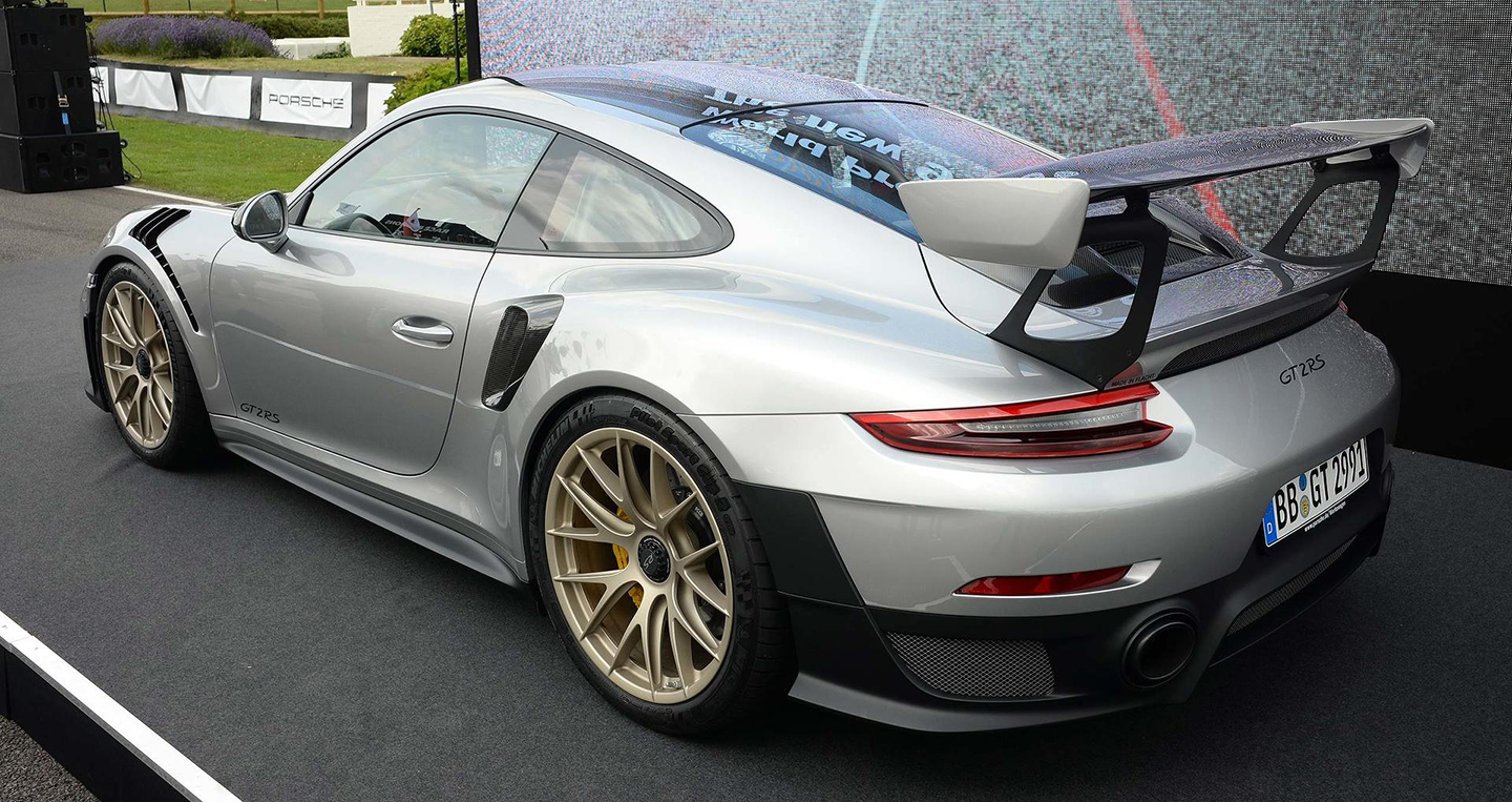 porsche 911 gt2rs 2018 2018 porsche 911 gt2 rs is the fastest 911 ever the torque report the. Black Bedroom Furniture Sets. Home Design Ideas