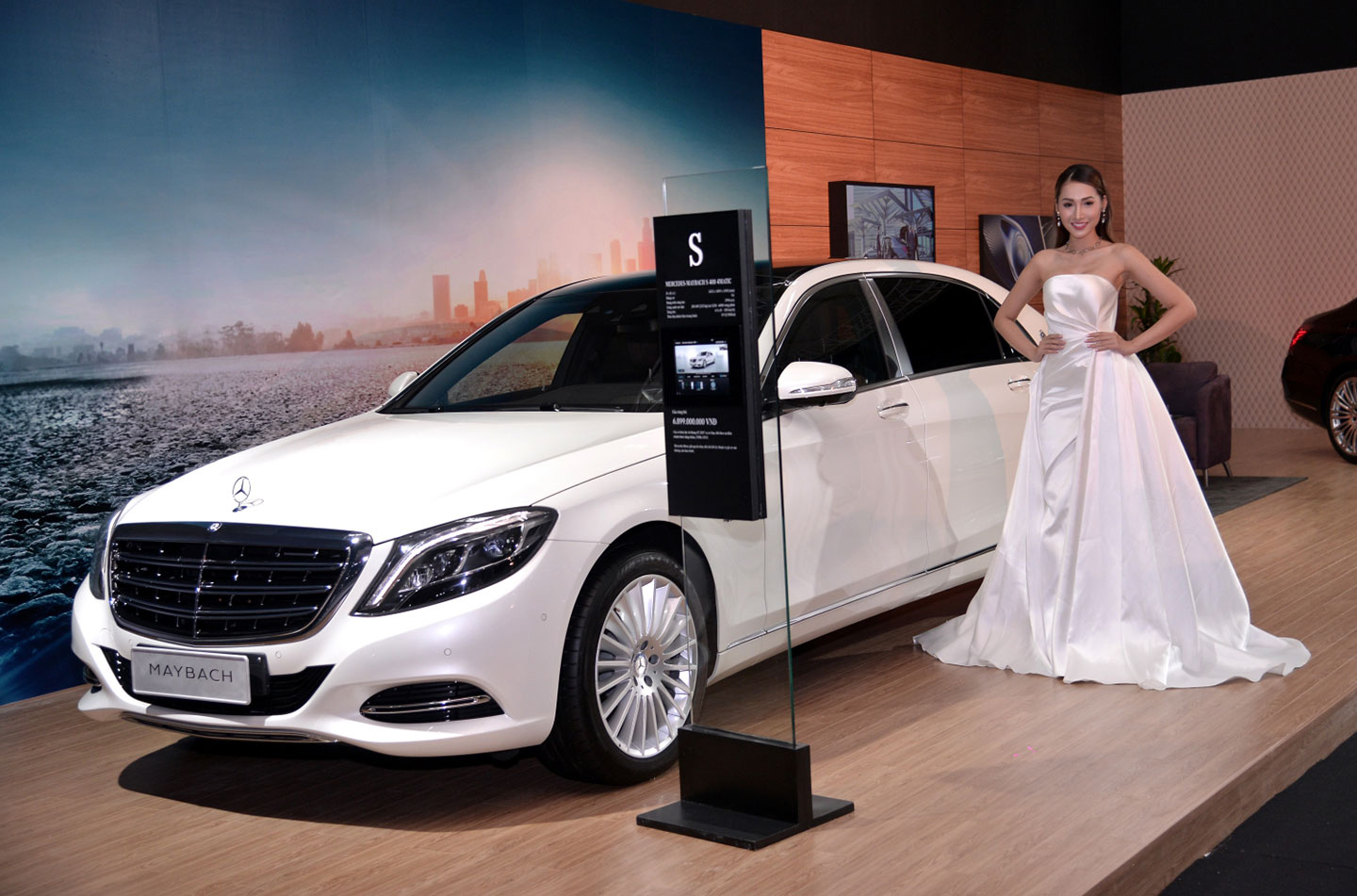 mercedes-benz-fascination-2017-nguoidep-12.jpg
