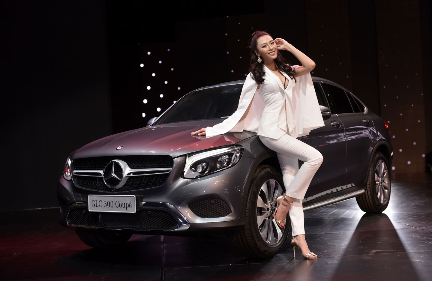 mercedes-benz-fascination-2017-nguoidep-6.jpg