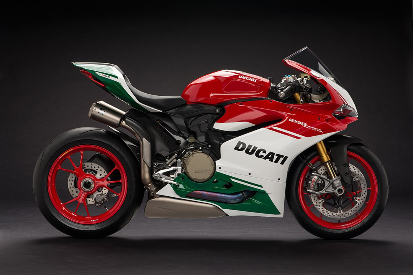 ducati-1299-panigale-r-final-edition-12.jpg