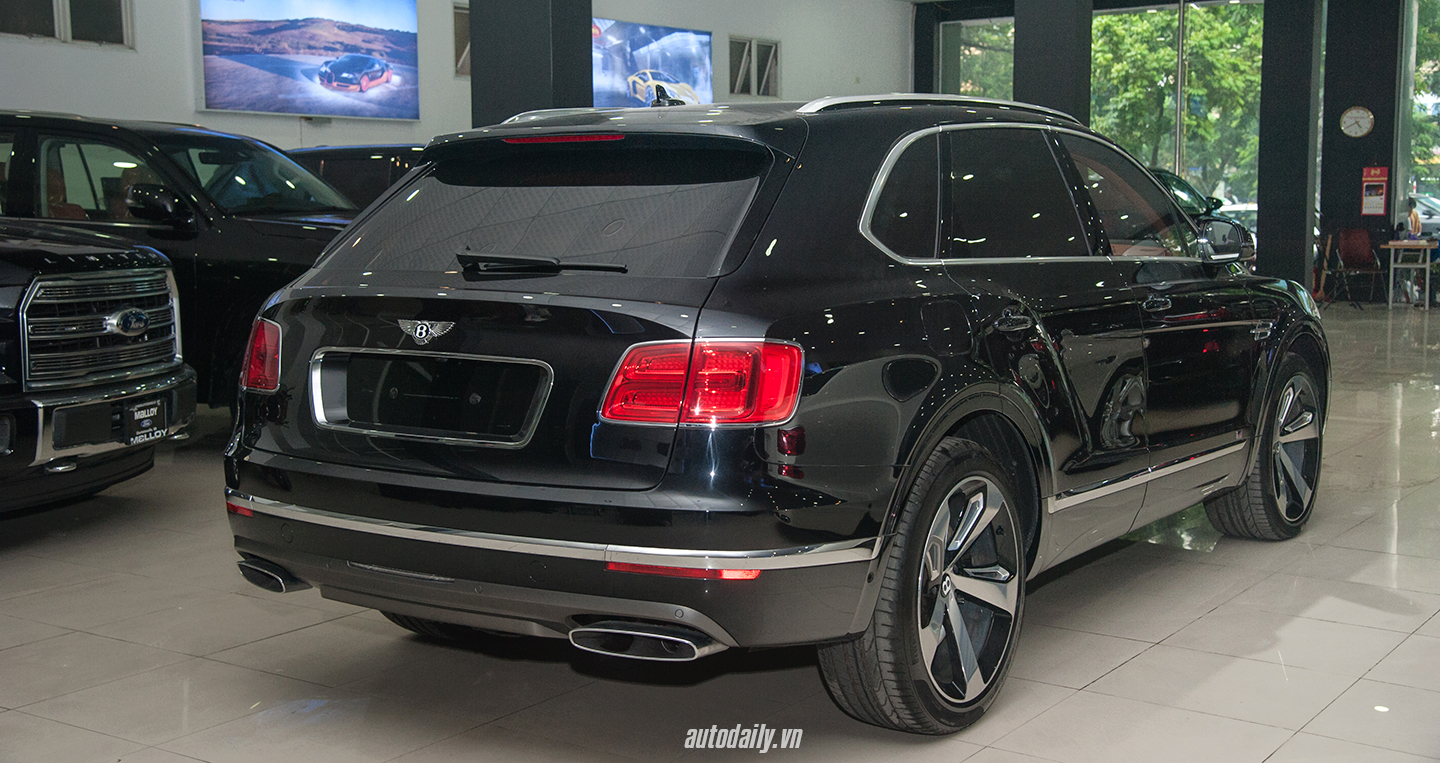 bentley-bentayga-first-edition-12.jpg
