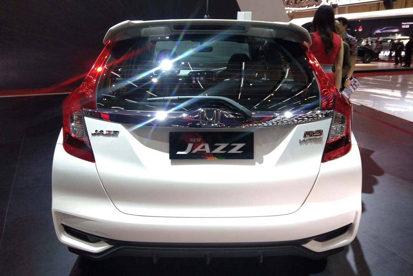 honda-jazz-rs-2017-1.jpg
