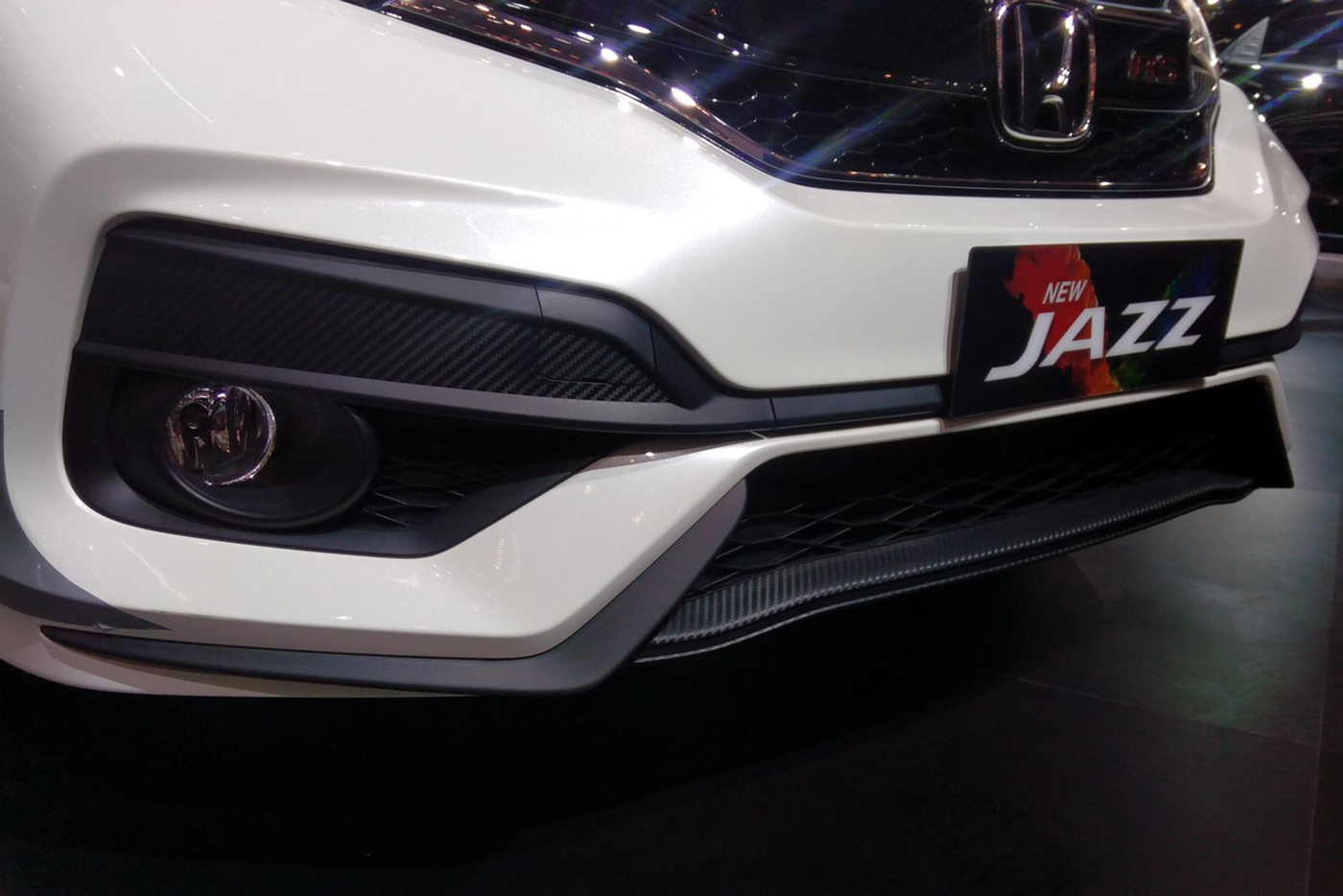 honda-jazz-rs-2017-7.jpg