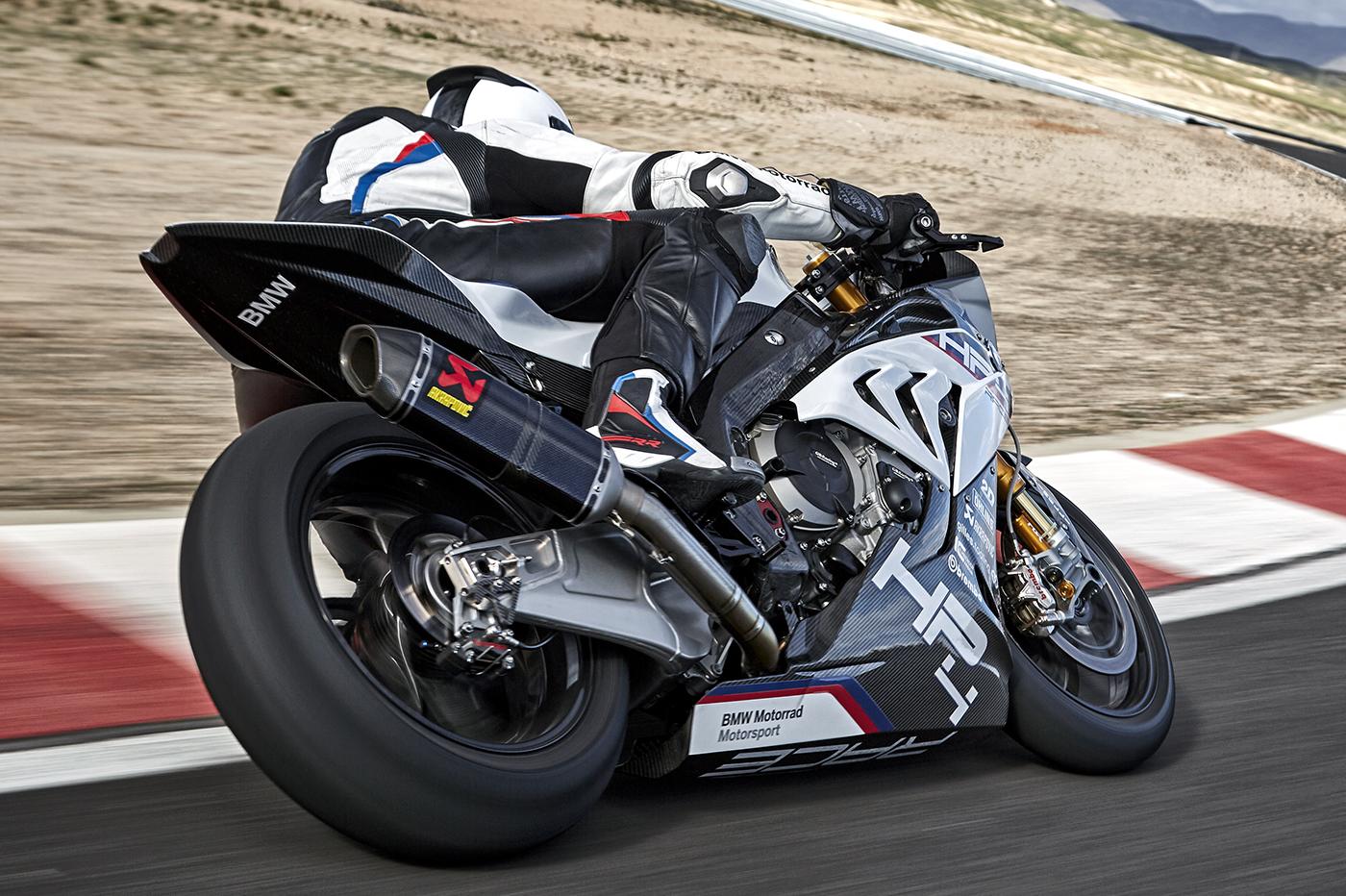 2017-bmw-motorrad-hp4-race-27.jpg