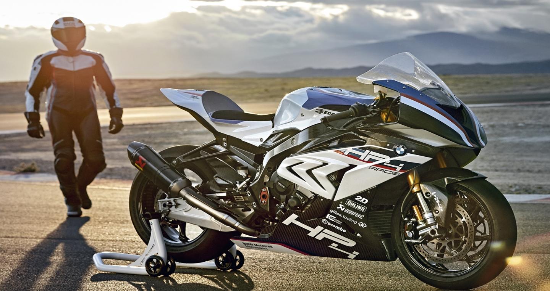 2017-bmw-motorrad-hp4-race-46.jpg