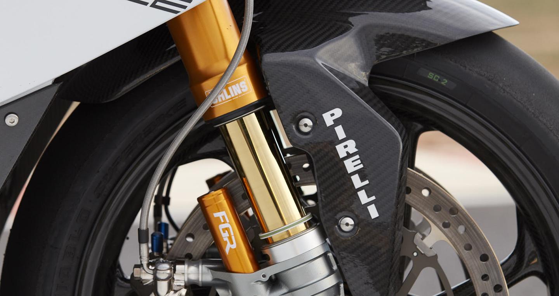 2017-bmw-motorrad-hp4-race-59.jpg
