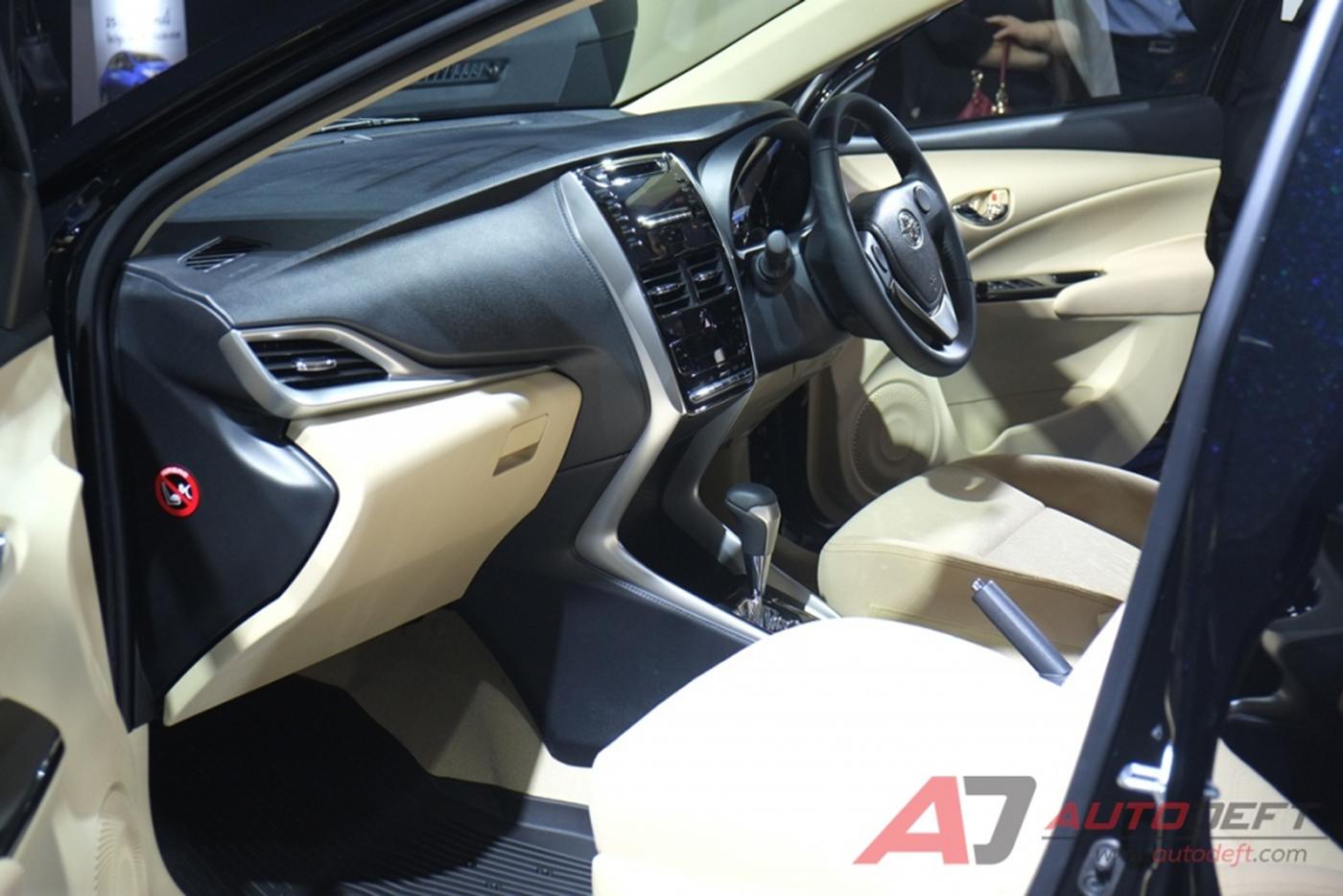toyota-yaris-sedan-2018-23.jpg