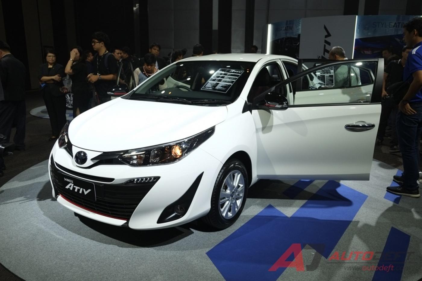 toyota-yaris-sedan-2018-25.jpg