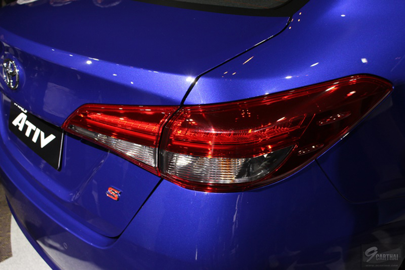 toyota-yaris-sedan-2018-7.jpg