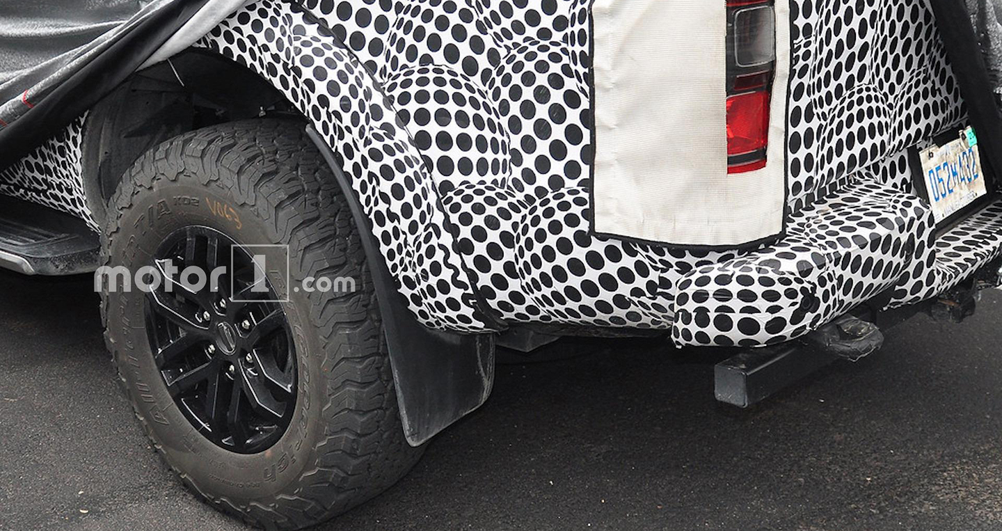 ford-ranger-raptor-detailed-spy-photos-4.jpg