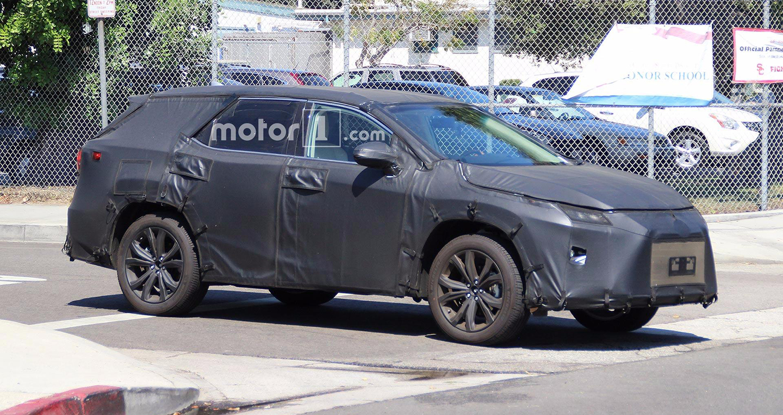 Lexus RX sắp có phiên bản 7 chỗ ngồi