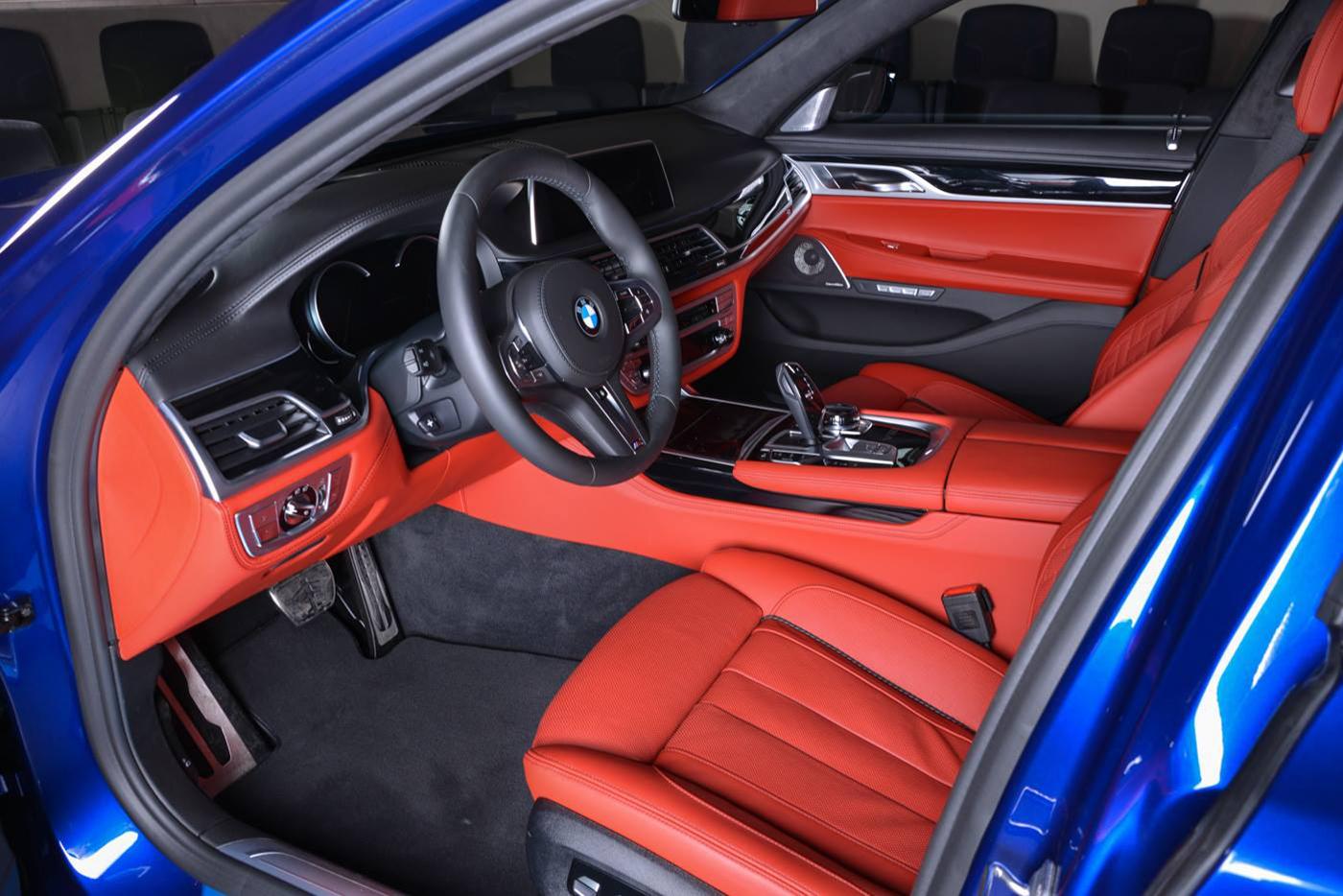 bmw-m760li-san-marino-blue-10.jpg