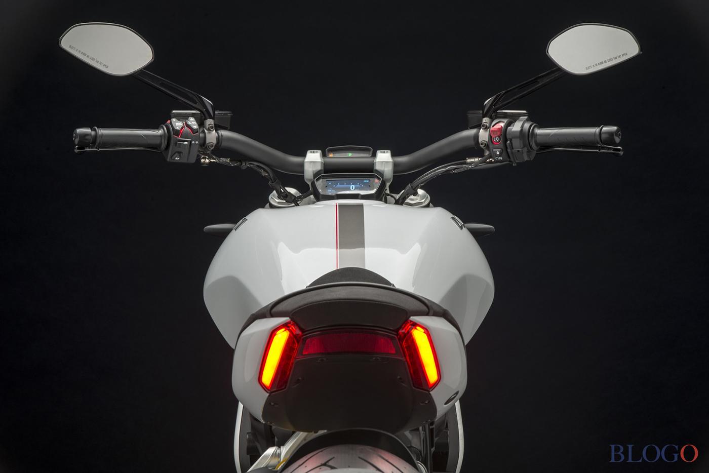 Ra mắt Ducati XDiavel S phiên bản Tảng băng trôi - ảnh 6