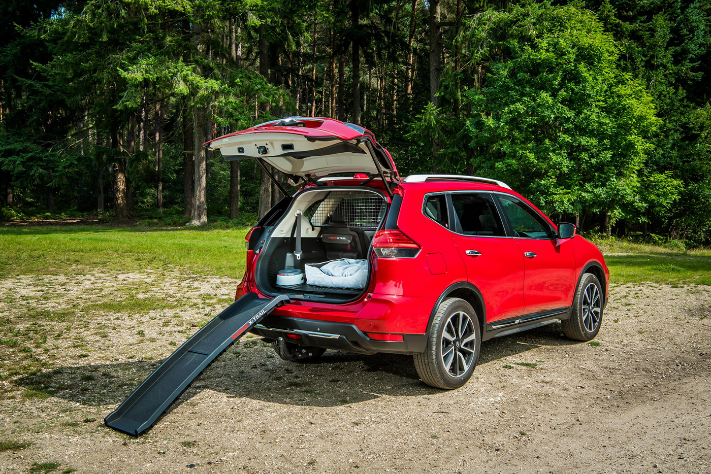nissan-x-trail-paw-pack-edition-2.jpg