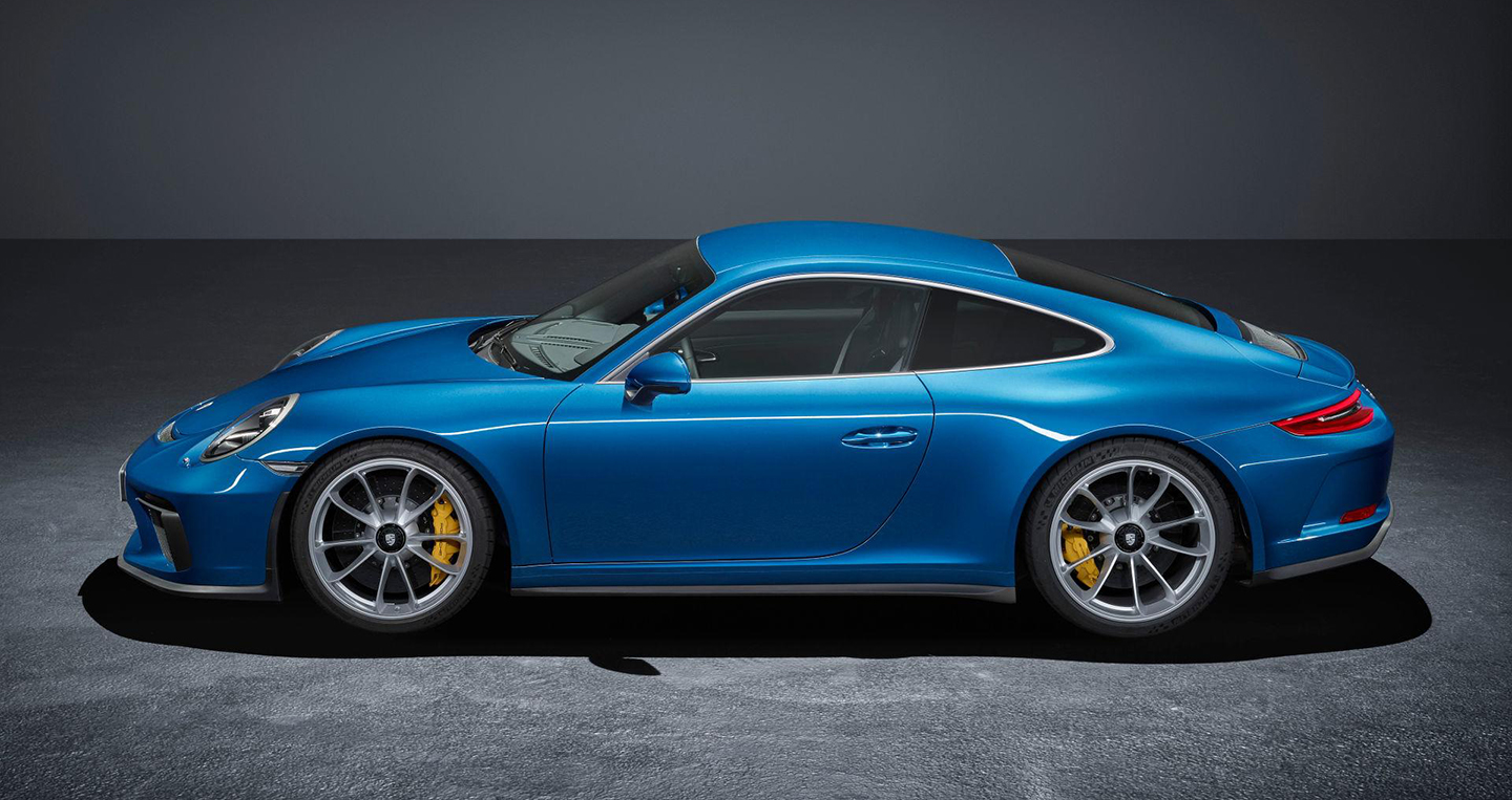 porsche-911-gt3-touring-package-official-images-1.jpg