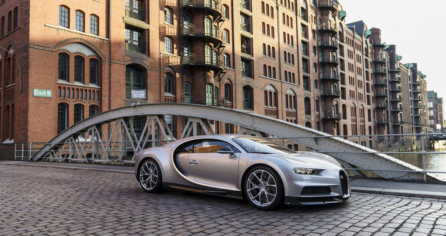 bugatti-dealership-hamburg-2.jpg