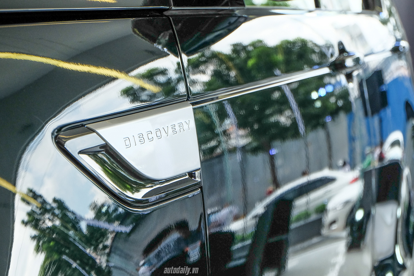 land-rover-discovery-25.jpg